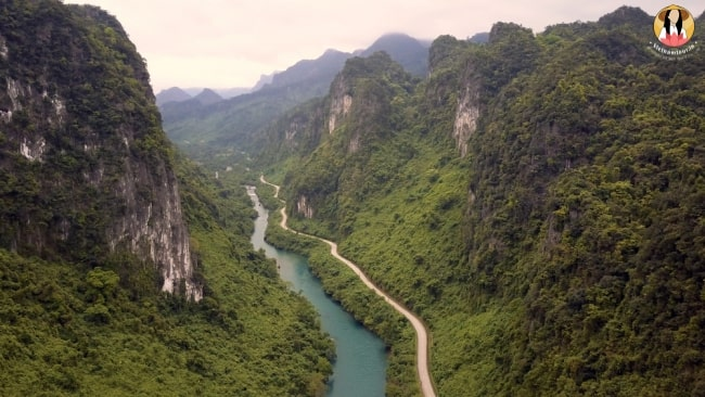 quang binh- an underground paradise of limestone karts and stalactites 1