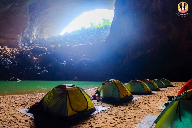 quang binh- an underground paradise of limestone karts and stalactites 21